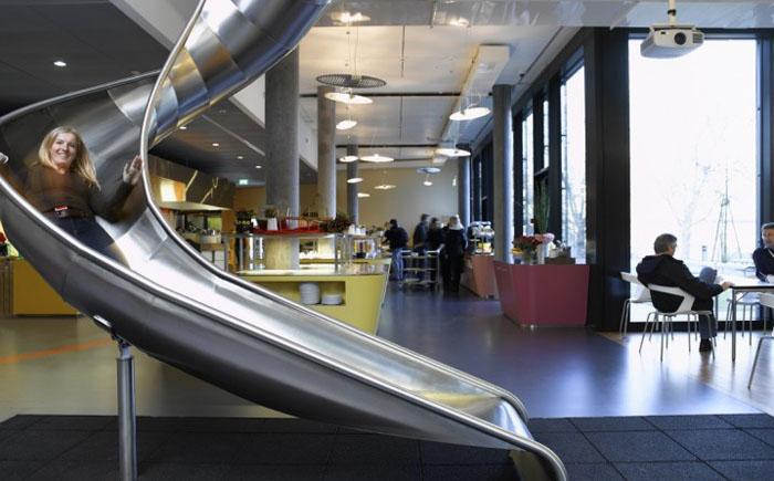 Coolest-Offices-61