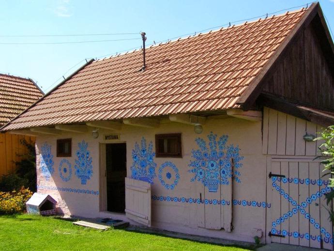 zalipie-poland-painted-village-flowers-10
