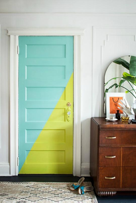 Перекраска межкомнатных дверей в другой цвет