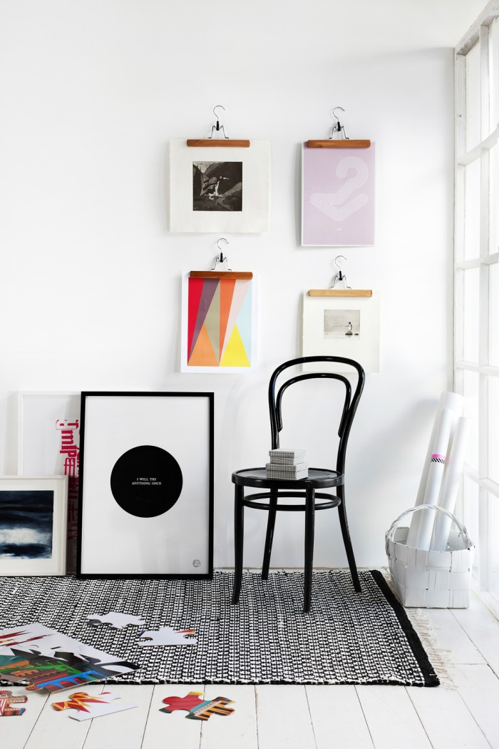 Modern-wall-art-hung-by-coat-hangers-black-and-white-700x1050