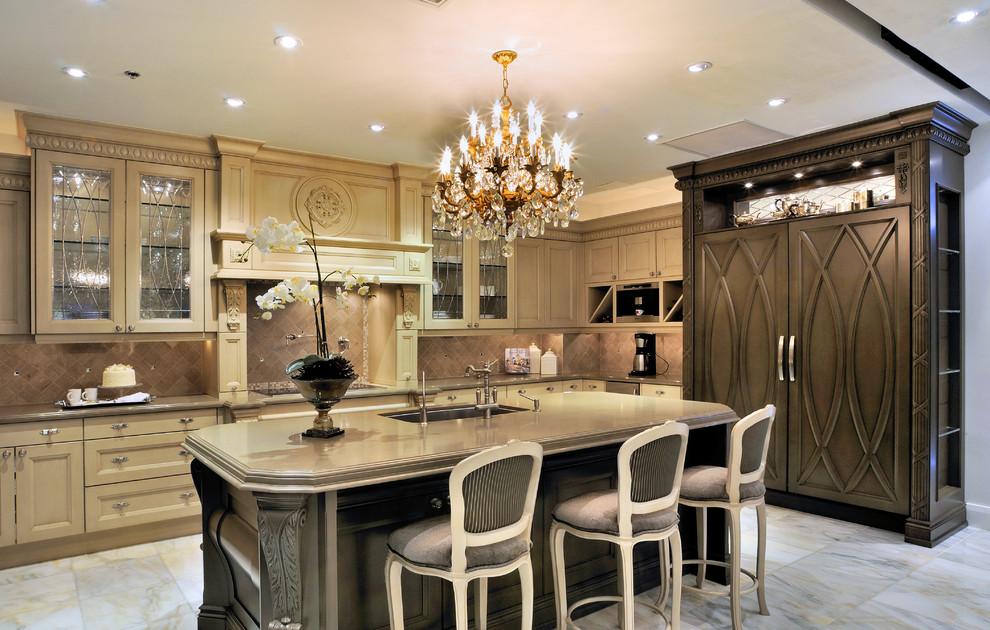 glazed-kitchen-cabinets-Kitchen-Traditional-with-cream-cabinets-decorative-trim