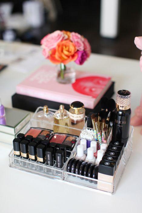 storage-cosmetics-17