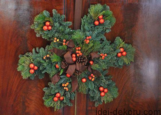 Christmas-snowflake-wreath-PAS-560x400