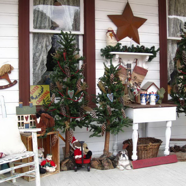 fresh-20-awesome-christmas-porch-decorating-ideas-on-all-with-unusual-outdoor-christmas-decorations-interiordecodir-20