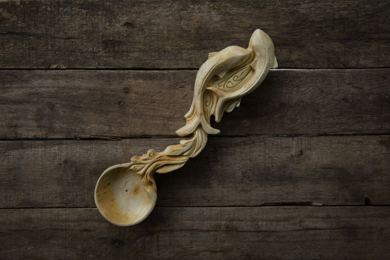 hand-carved-spoon-by-giles-newman-123