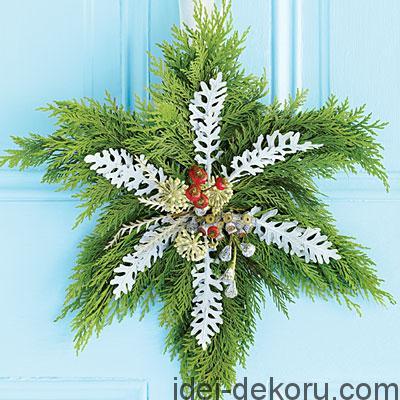 snowflake-wreath-m