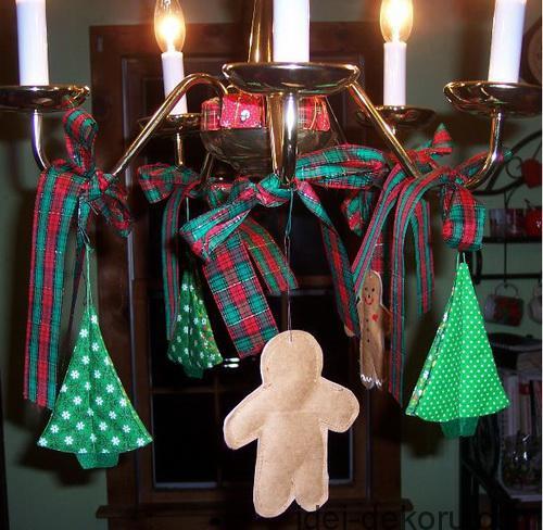 christmas-chandelier_47