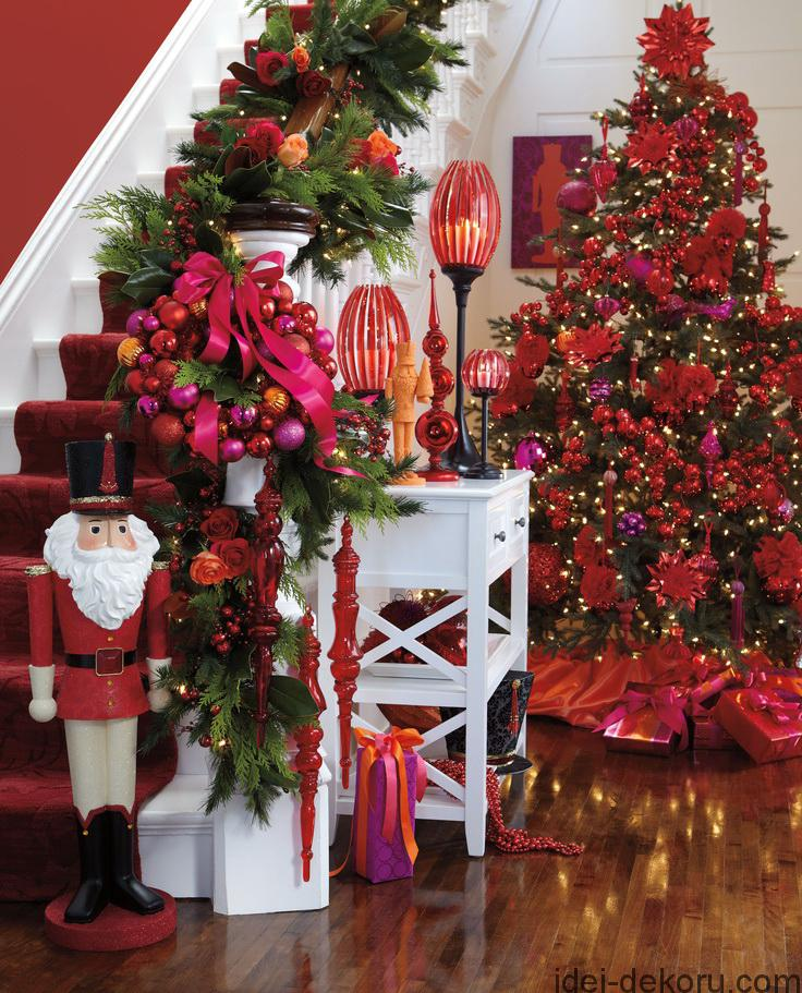 Stunning Christmas Entry