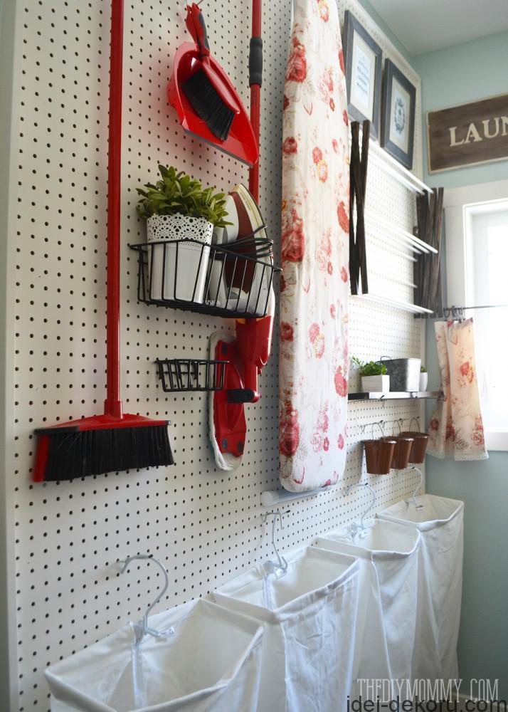Vintage-Red-Aqua-Pegboard-Laundry-Room-Design-Ideas-7-714x1000