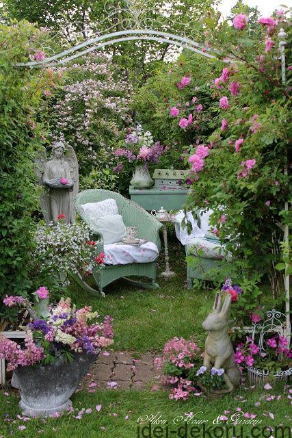 beds-in-garden-23