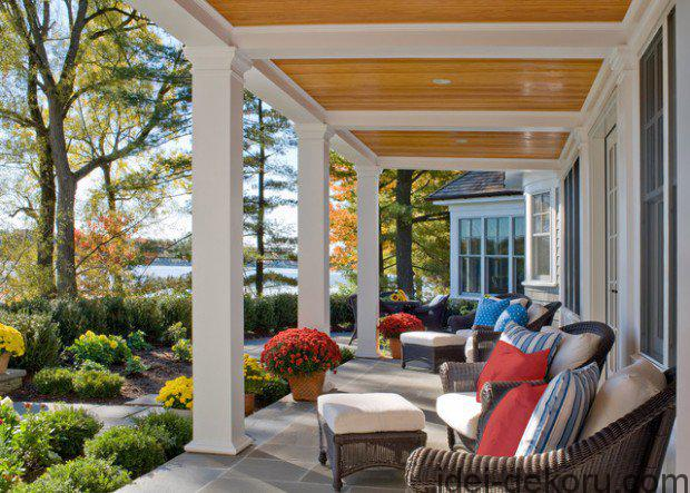 19-Great-Traditional-Front-Porch-Design-Ideas-2-620x443