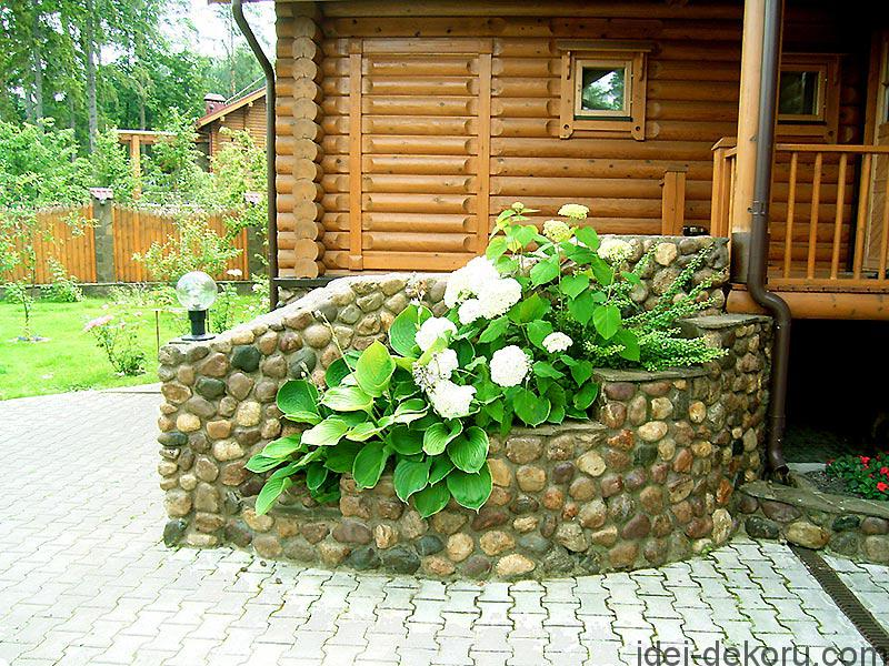 23438_крыльцо_деревянного_дома_фото