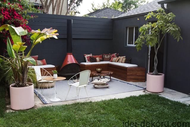 patio-lounge-built-in-benches-smittenstudio11