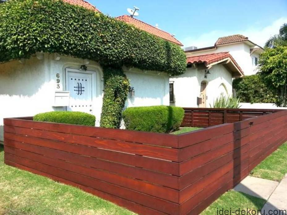 wood-low-horizontal-fences