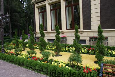 kustarniki-v-cvetnike