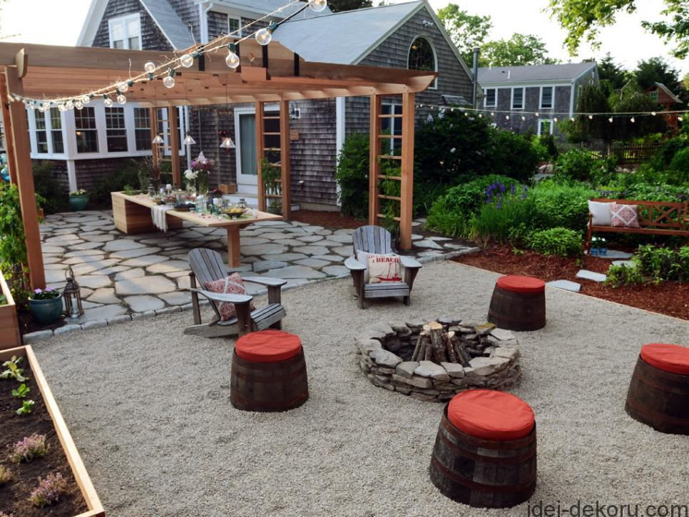 Tour four bold and budgetminded outdoor rooms to find inspiration for your backyard
