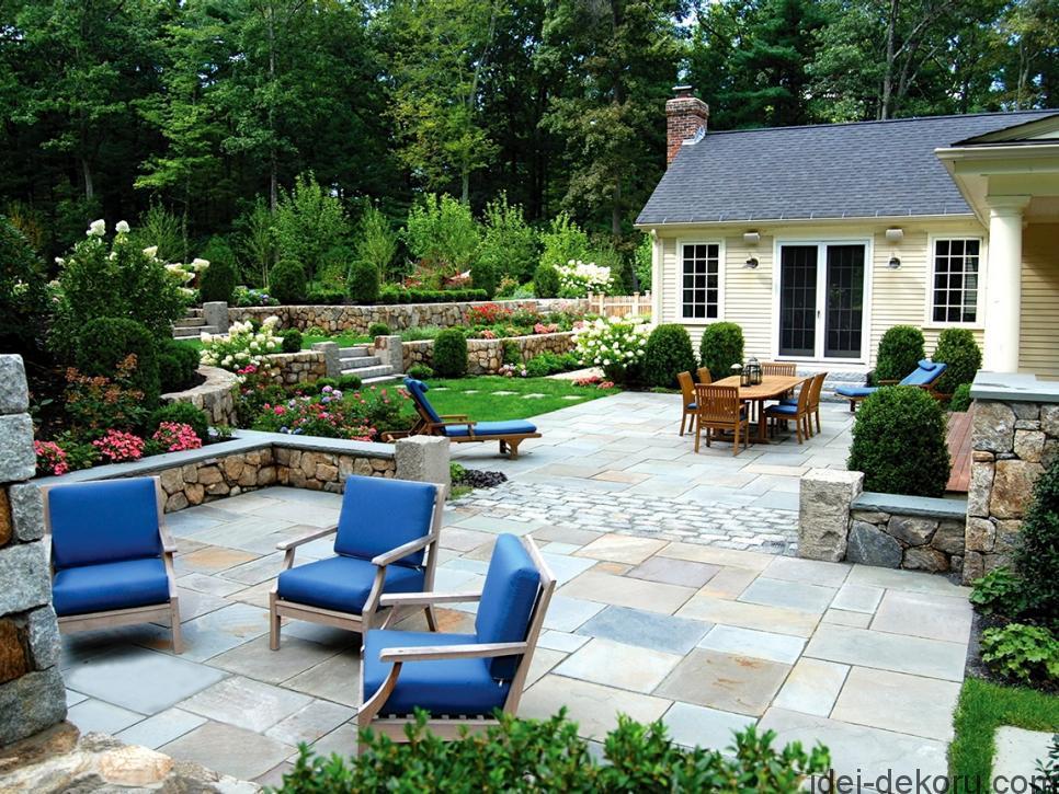Original_Blade-of-Grass-Outdoor-Patio-Seating-Area_s4x3.jpg.rend.hgtvcom.966.725
