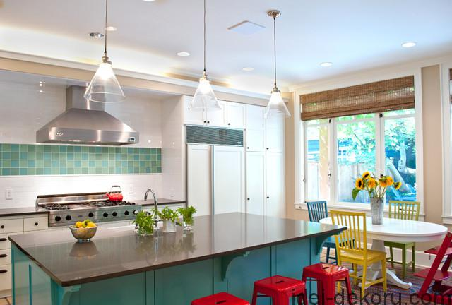 stokke-tripp-trapp-high-chair-Kitchen-Modern-with-bright-color-eat-in-kitchen-glass-pendant-lime-and
