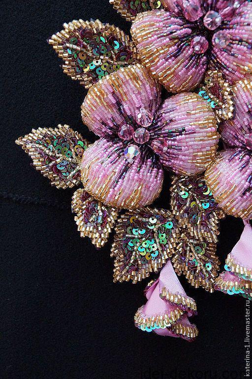 060d9c7ed6aba8 Розкішна вишивка перлинами та бісером: ідеї для натхнення