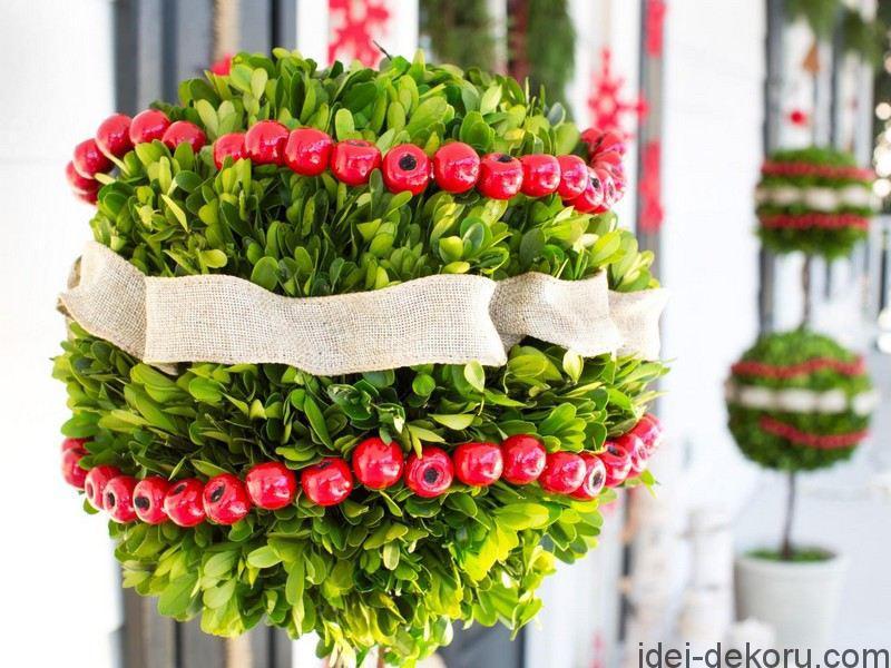 basteln-erwachsene-immergruen-buchsbaum-hagebutte-dekorieren