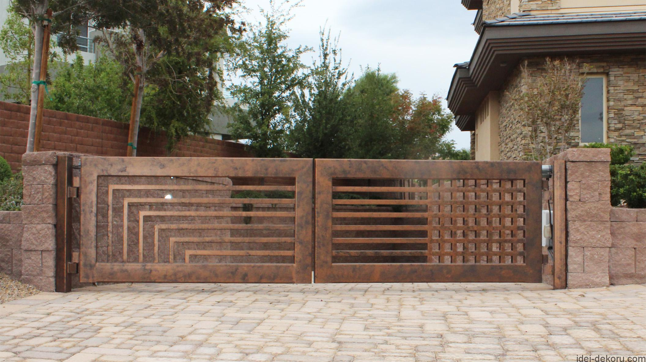 driveway-gate-wrought-iron-contemporary