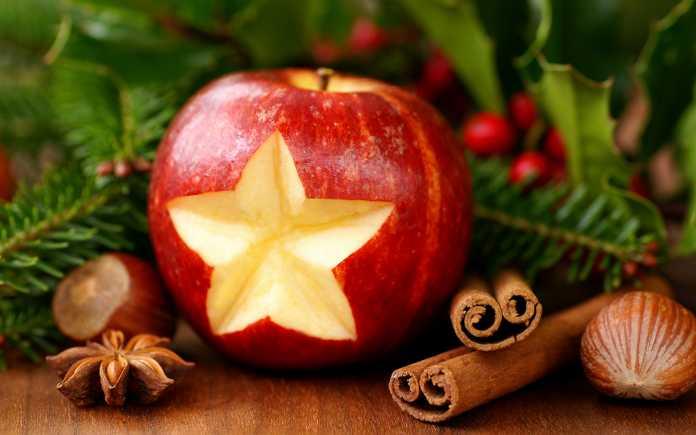 manzanas-arbol-de-navidad-3-696x435
