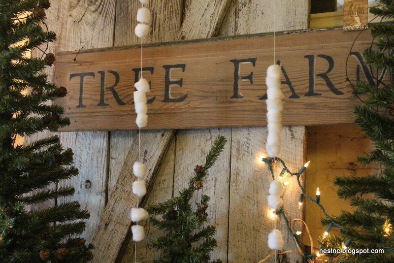 delightful-snow-decorations-5-cotton-ball-snow-christmas-decorations-pinterest-800-x-534