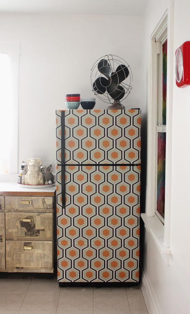wallpaper-fridge-makeover