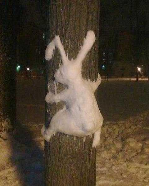 winter-decorating-backyard-ideas-snow-sculptures-2