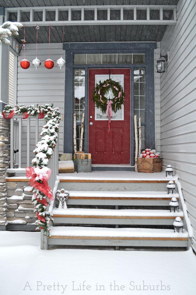 christmas-porch-decorating_16