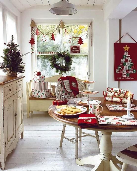 cozy-christmas-kitchen-decor-ideas-13-554x692