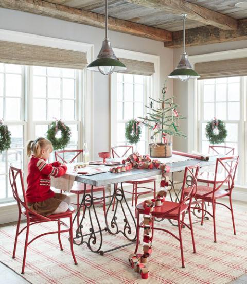 54ebd0086ffa5_-_04-christmas-staycation-dining-room-1214-xln