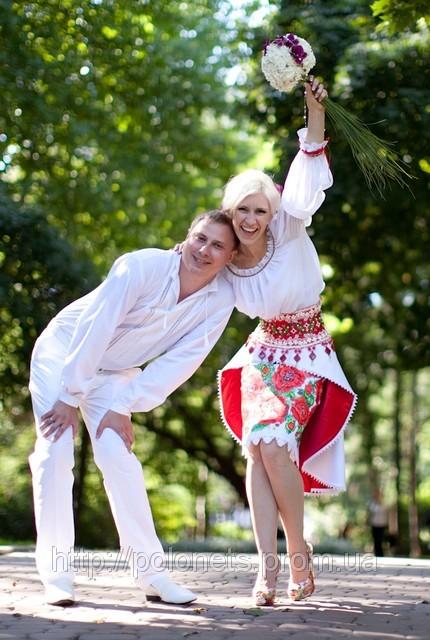 Wedding in Ukrainian style, a bridal dress from Oksana Polonets