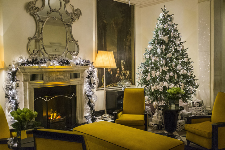 hotel-christmas-decorations-18