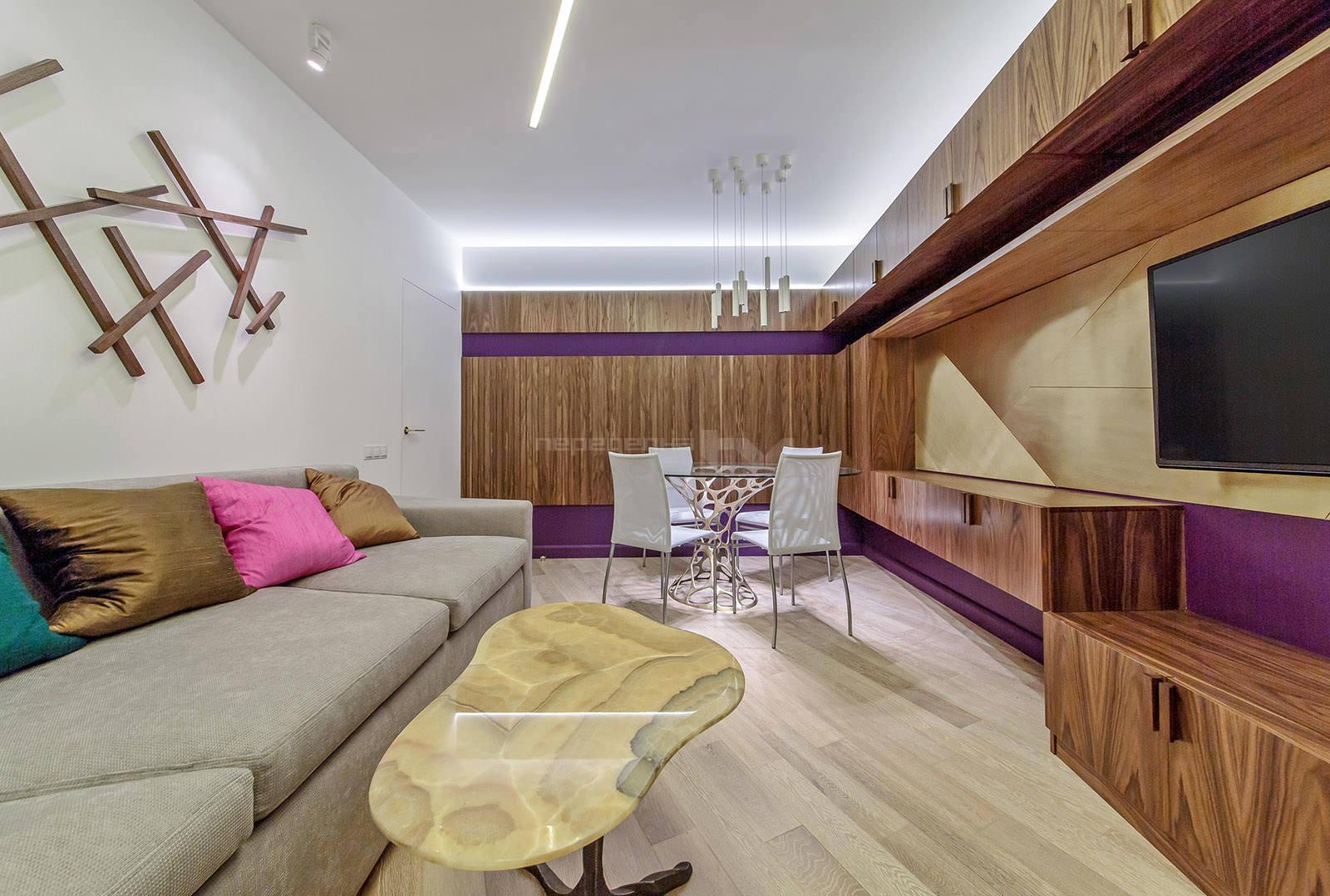 sovremennyj-dizajn-interera-gostinoj-stolovoj-23-kv-m3