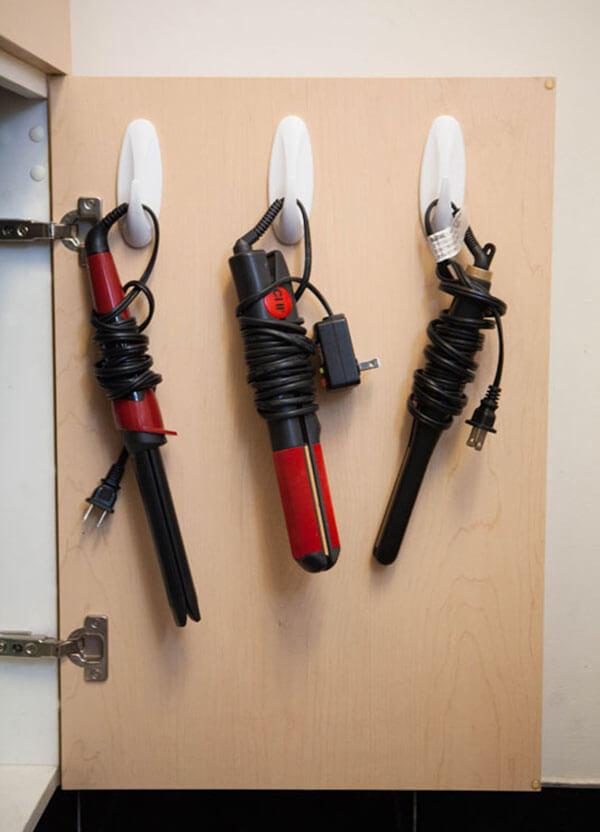 44-small-bathroom-storage-ideas-homebnc