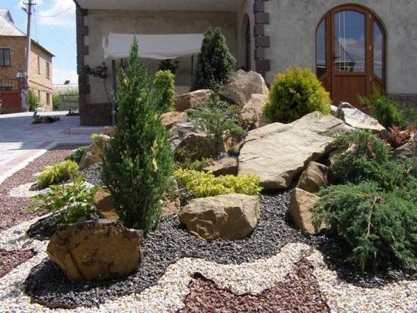 Rock-Show-Frontyard-Landscaping-Ideas