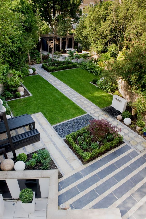 brait19 Town garden urban contemporary  design: Earth Designs Katrina Keiffer-Wells, London for Nick Braithwaite Holloway, London Marcus Harpur
