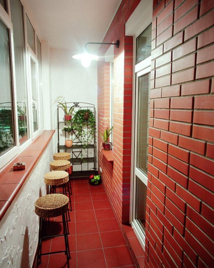 AD-Cozy-Balcony-Decorating-Ideas-52
