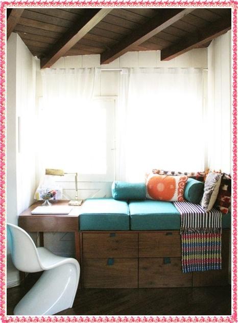 Bedroom-Creative-Decoration-ideas-Reading-Nook-Decorating-ideas-for-bedroom-2016