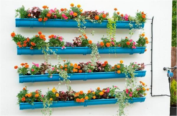 patio-and-garden-ideas-vertical-garden-with-rain-gutters