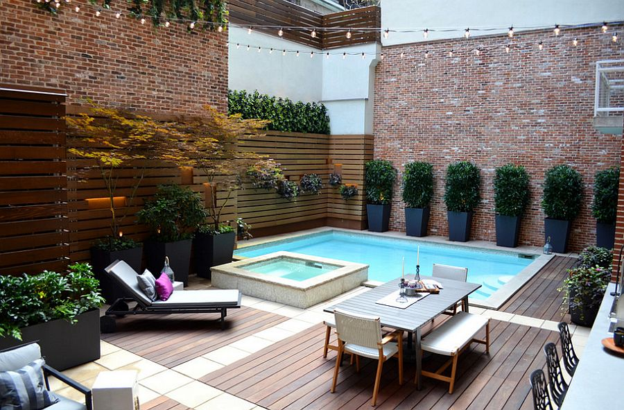 A-small-pool-recreation-areas-photo-06