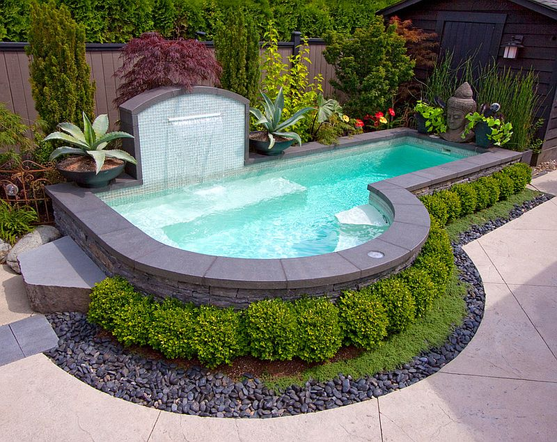 A-small-pool-recreation-areas-photo-16