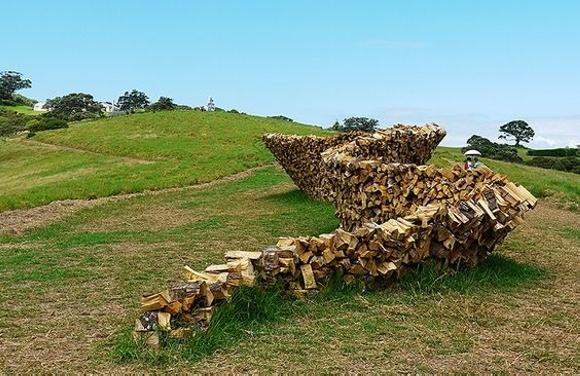 Cordwood-fence-sculpture