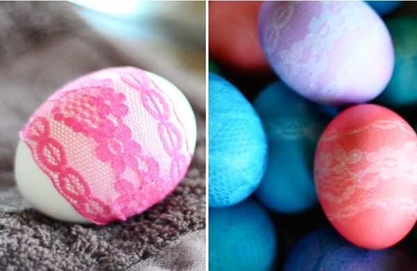 DIY-Lace-Patterned-Easter-eggs-1
