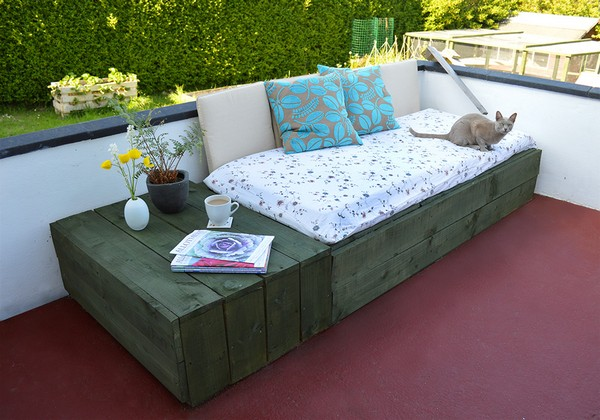 Pallet-Furniture-10-The-ART-In-LIFE