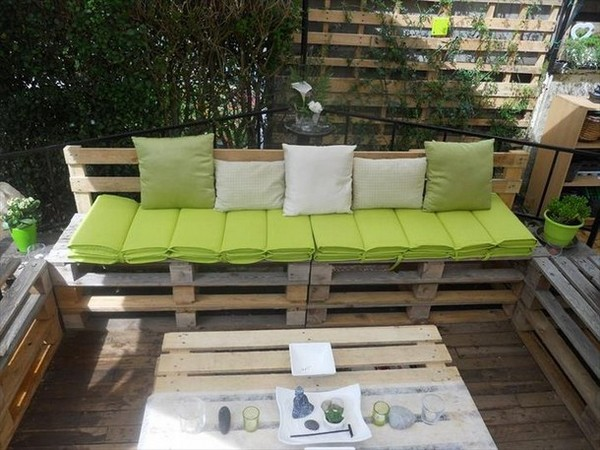 Pallet-Furniture-3-The-ART-In-LIFE