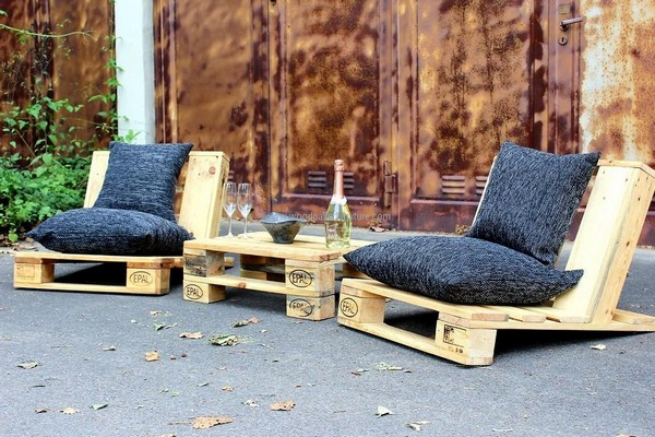 Pallet-Furniture-4-The-ART-In-LIFE