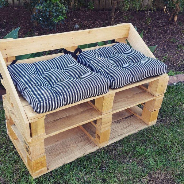 Pallet-Furniture-9-The-ART-In-LIFE