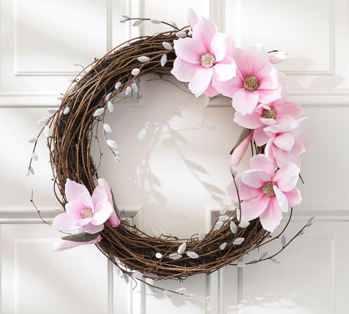 faux-magnolia-pussywillow-wreath-o